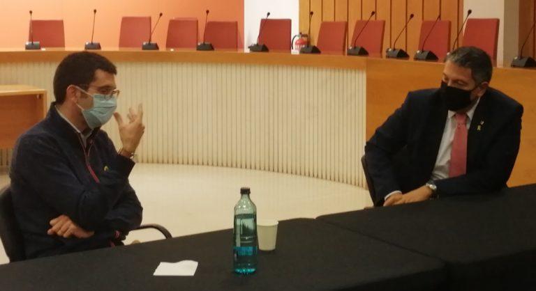Junts per Granollers fa arribar al nou conseller d'Interior, Miquel Sàmper, el compromís amb el futur del país